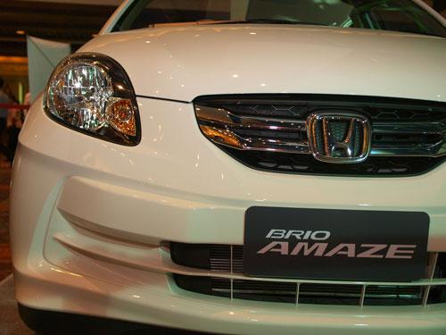 ไปงานเปิดตัว Honda Brio Amaze ที่ไม่รู้ข้อมูลตัวรถอะไรเลย นอกจาก Concert บี้ อย่างเดียว